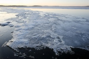 lake_ice_melt_sunset11_7463
